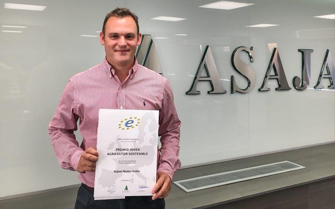 Rafael Muñoz ganador del Premio 'Joven Agricultor Sostenible'